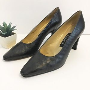 STUART WEITZMAN textured leather pumps size 7 B